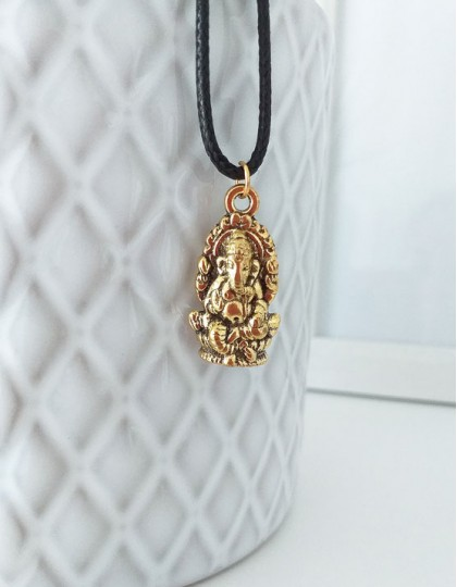 Colar com Ganesha (dourado)