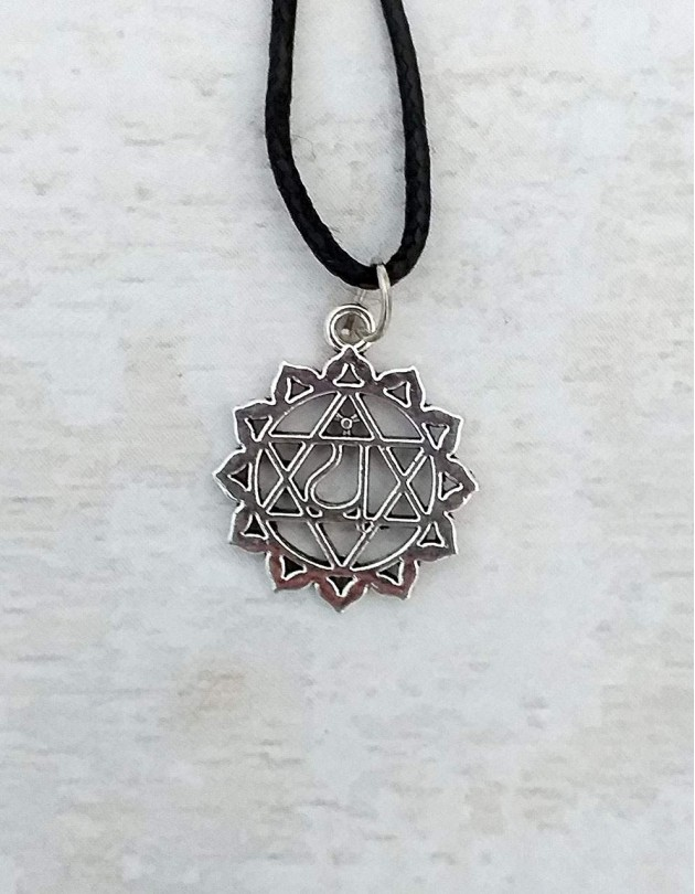 Colar com Anahata (4º chakra)