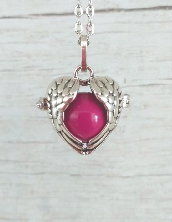 Chamador de Anjos (esfera rosa) - Asas de Anjo em Coração