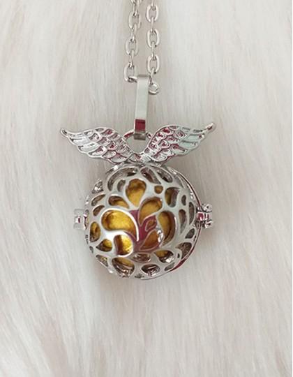 Chamador de Anjos com Asas - esfera dourada (ref.: CA124)