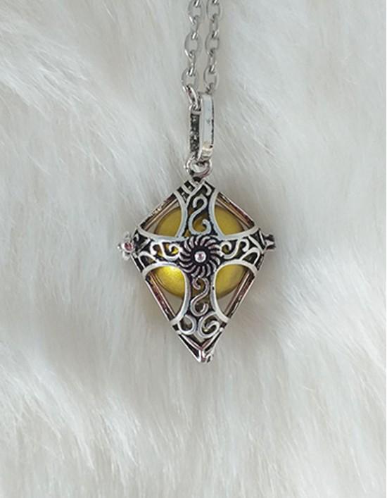 Chamador de Anjos com Cruz Celta - esfera dourada (ref.: CA131)