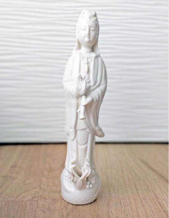 Estatueta de Kuan Yin em Porcelana - 21cm