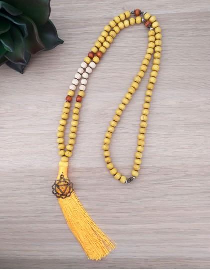Japamala de Sândalo e Tulsi com Chakra Plexo Solar - *Colecção Chakras* (ref.: 108377)